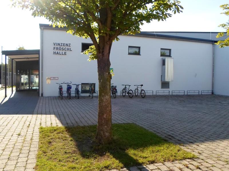 Vinzenz-Fröschl-Halle